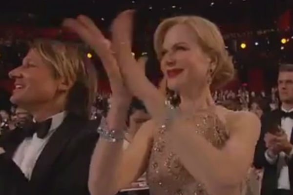 Article image for Nicole Kidman's bizarre clapping