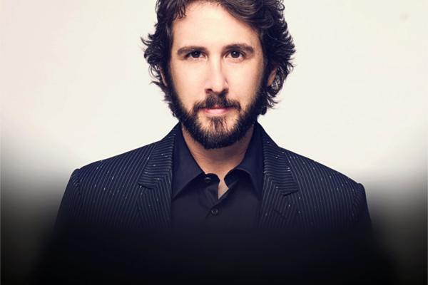 Article image for Josh Groban to release never-before-heard tracks on Christmas album