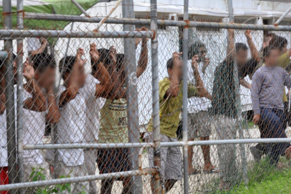 Article image for Peta Credlin admits $423m Manus Island contract 'doesn't look 100% great'