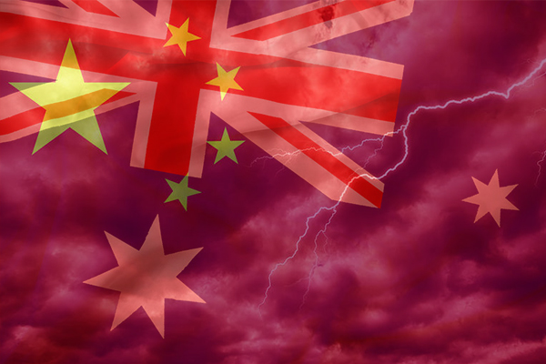 Article image for Former foreign minister Bob Carr blames 'anti-china stance' as tensions intensify