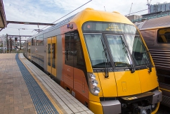Sydney commuters told to travel early as chaos grips train network