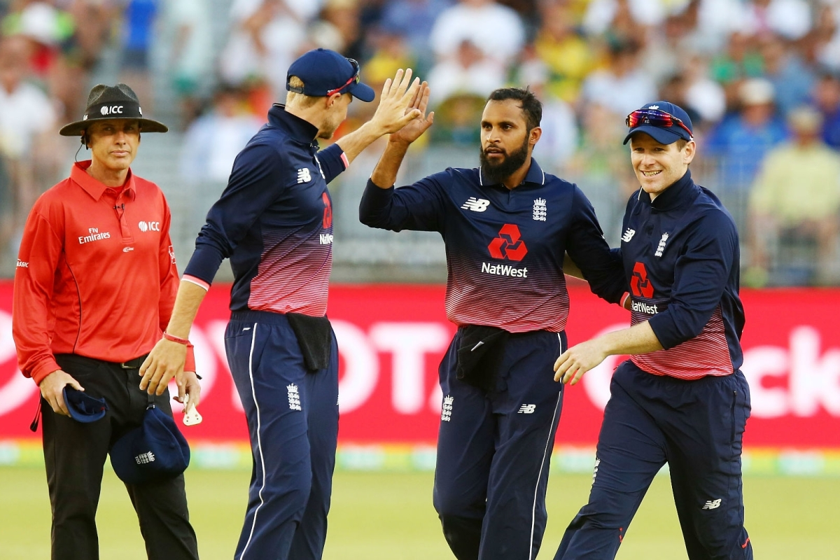 Article image for Curran snags five as England complete 4-1 series rout