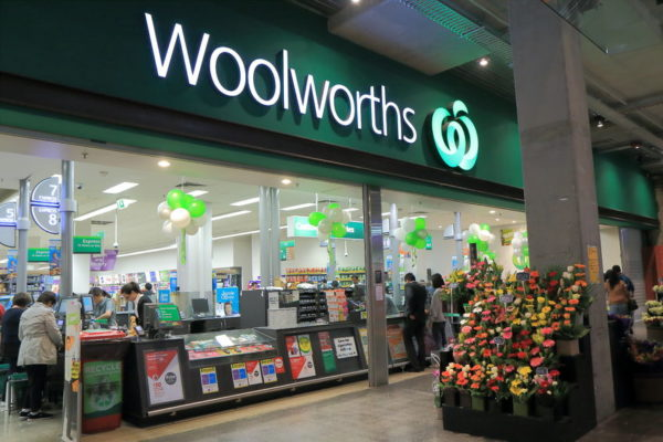 Article image for How Woolworths is outstripping its fiercest rival