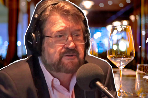 Article image for Derryn Hinch says he'll continue to drink despite liver transplant