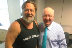 'You're an incredible man': Russell Crowe pays tribute to Alan Jones