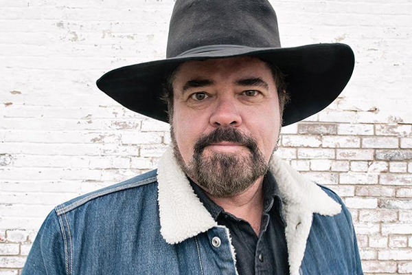 Article image for INXS star writes music piece honouring Aussie diggers