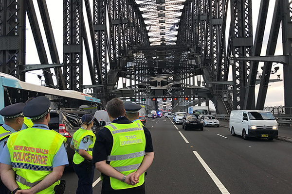 Article image for UPDATE | Police end Sydney Harbour Bridge stand-off