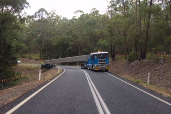 Article image for This truck has caused chaos for drivers on the Oxley Highway