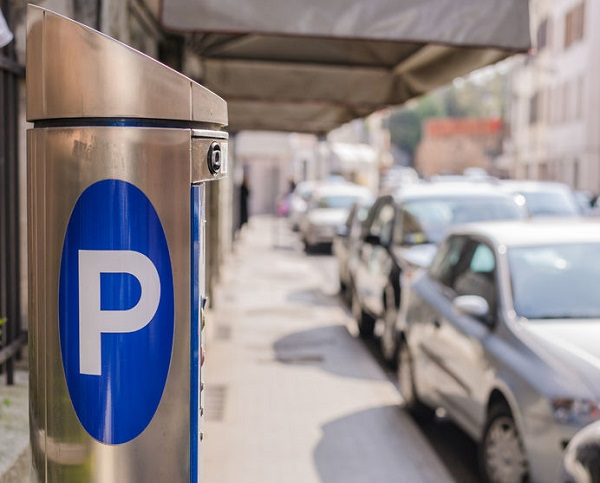 Article image for Treasurer taking 'common sense approach' to parking fines
