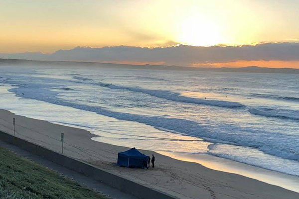 Article image for Witness describes finding woman's body on North Cronulla Beach
