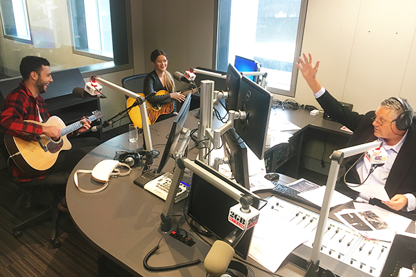 Article image for Country music superstar Maren Morris performs in studio