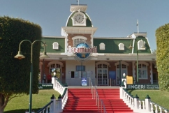 Dreamworld operator didn't know what the emergency stop button did