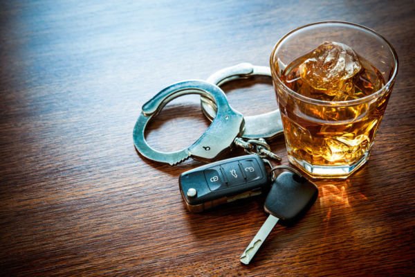 Article image for Drink drivers should face court, not on-the-spot penalties, barristers say