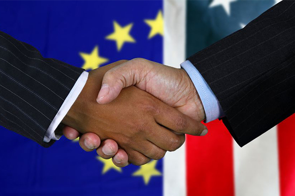 Article image for US and EU trade agreement proves Australia needs to be 'front of the pack'