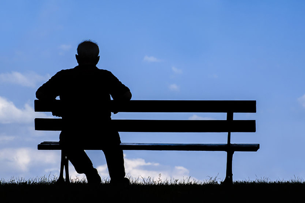 Article image for 'Alarming' survey results show Australians are suffering from a 'loneliness crisis'