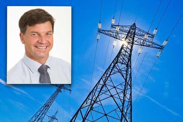 Article image for 'This is madness!': Federal Energy Minister takes aim at the states