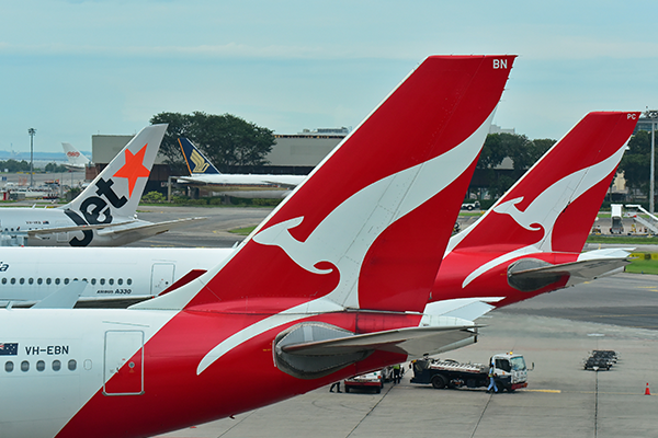 Article image for Qantas CEO Alan Joyce speaks with Ross Greenwood about his new price war