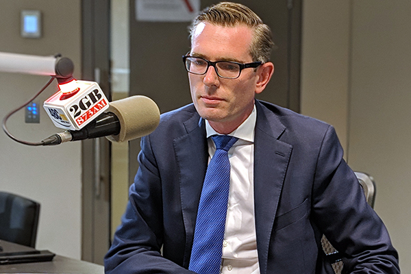 Article image for 'Money doesn't grow on banana trees': NSW Treasurer's message to Queenslanders