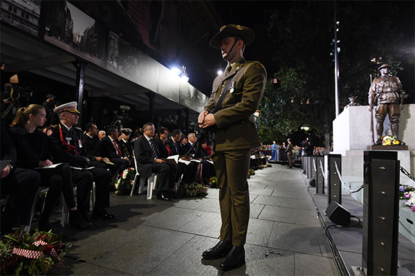 Article image for Australians commemorate ANZAC Day across the country