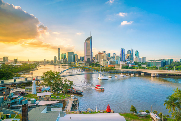 Article image for More families than ever ditch Sydney for Brisbane