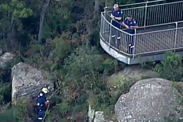 Article image for BREAKING | Woman and child found dead after going over cliff