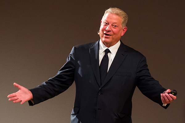 Article image for Alan Jones slams QLD government for paying to bring Al Gore to Australia