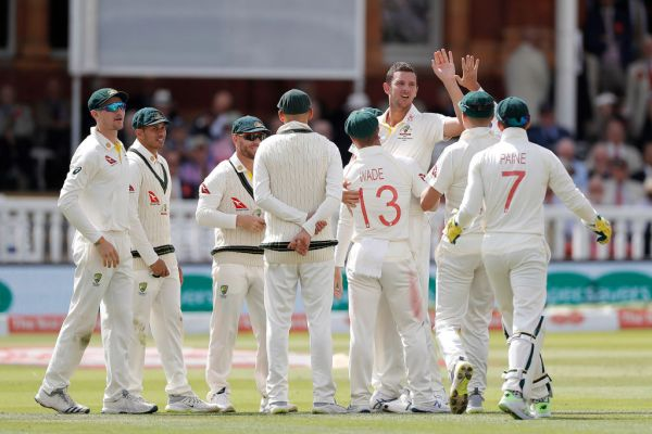 Article image for Aussie bowlers lift, David Warner falls on pulsating day two at Lord's