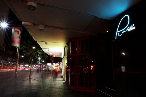 Article image for Sydney's lockout laws should be scrapped but remain in Kings Cross
