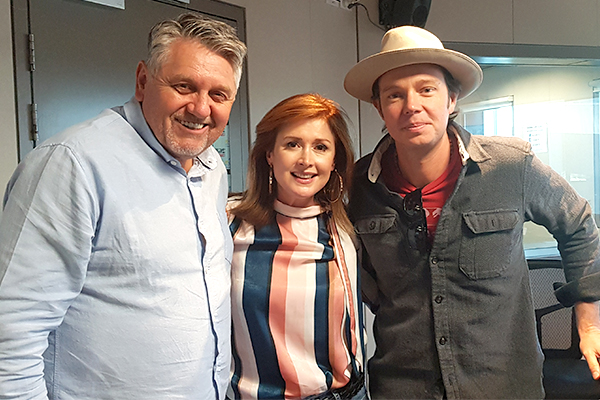 Article image for Aussie country music duo reveal unbelievable story behind their success