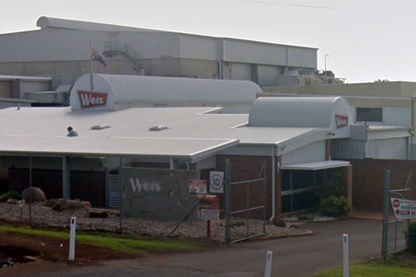 Article image for Iconic Weis Bars factory to close after more than 60 years