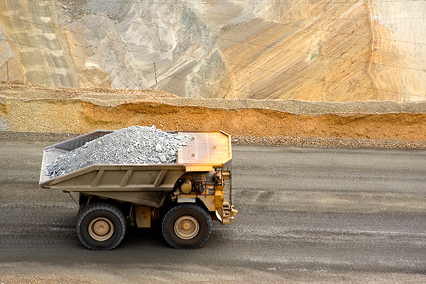 Article image for 'Hammer blow': QLD opposition opposes BHP mine automation
