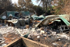 'It's devastating': 18-year-old 'won't leave' family home devastated by bushfires