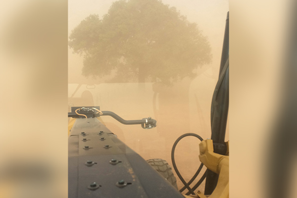 Article image for Ray Hadley's listeners send photos of weather across Australia