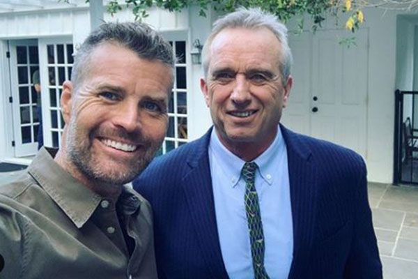 Article image for 'Hang my head in shame': Pete Evans slammed for promoting anti-vaxxer