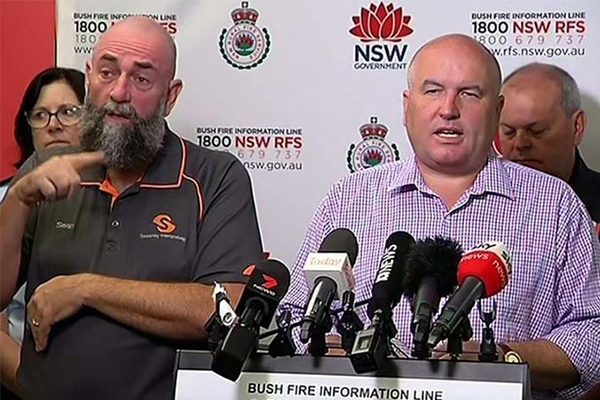 Article image for Meet the man providing vital information to the deaf community during bushfires