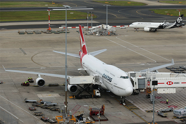 Article image for Qantas to suspend all international flights, stand down two-thirds of staff