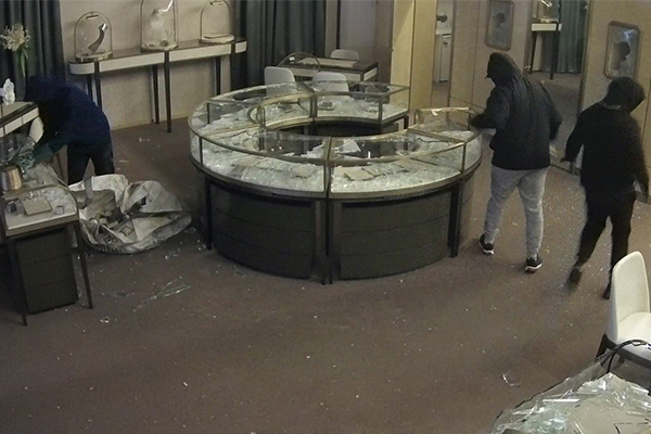 Article image for WATCH | Police release CCTV footage of $600k jewellery heist
