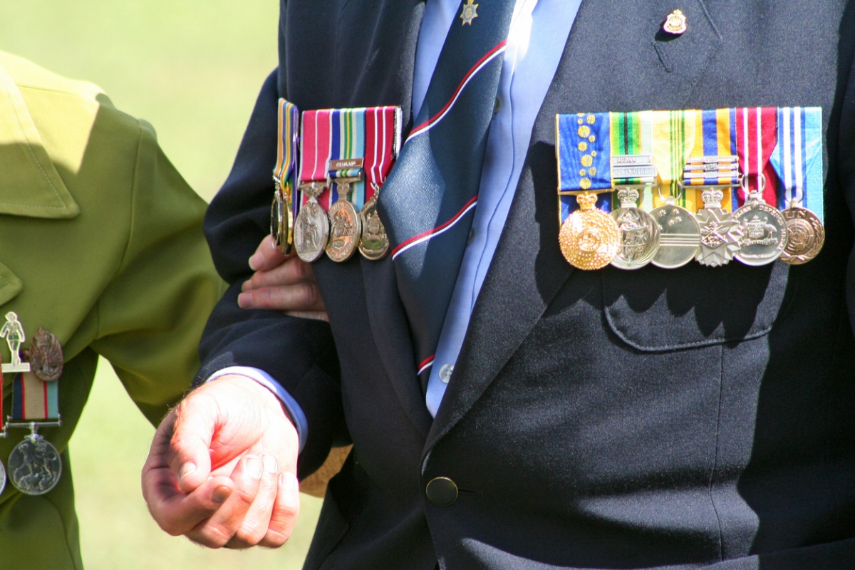 Article image for Pressure mounts for a royal commission into veteran suicides