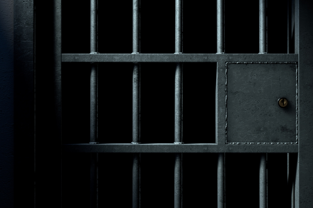 Article image for Convicted criminals 'skipping out' on their second chance