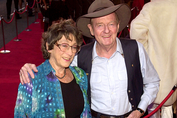 Article image for Ray Hadley's adoring chat with the late Slim Dusty's wife, Joy McKean