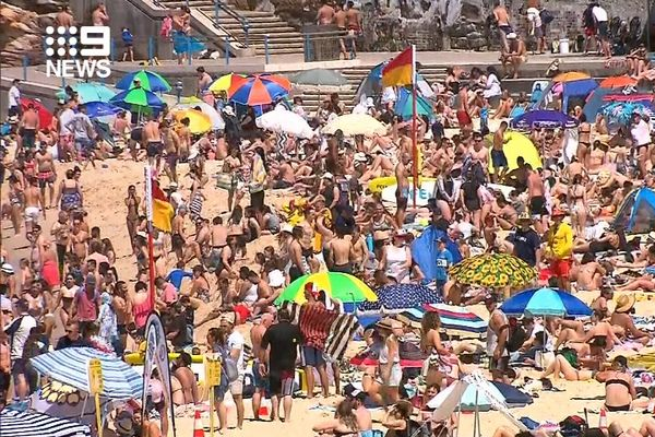 Article image for Sydney beaches nearing capacity: Where you can go for fun in the sun