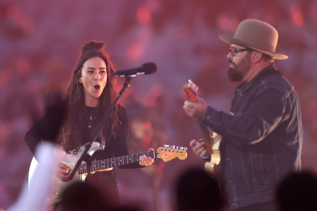 Article image for Aussie rock throwback becomes Amy Shark's 'stroke of brilliance'