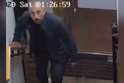Brazen thief caught on camera stealing from Sydney restaurant