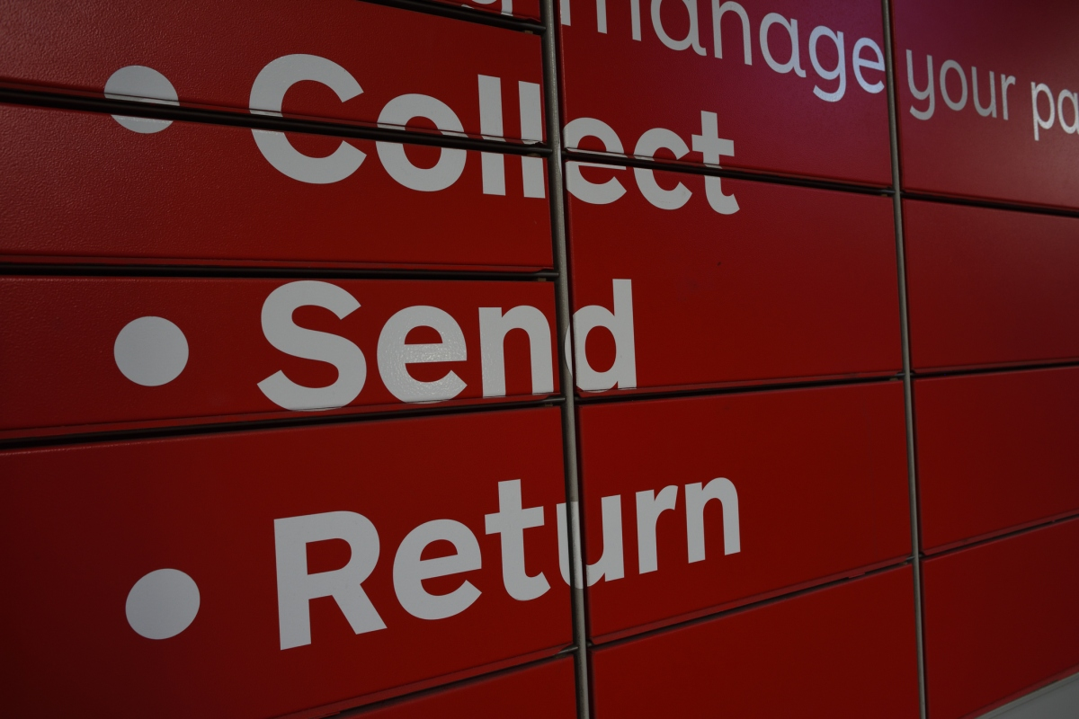 Article image for Posties demand expanded investigation as they 'struggle day in, day out'