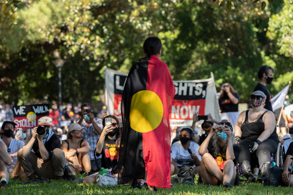 Article image for Police officer assaulted at Sydney 'Invasion Day' rally