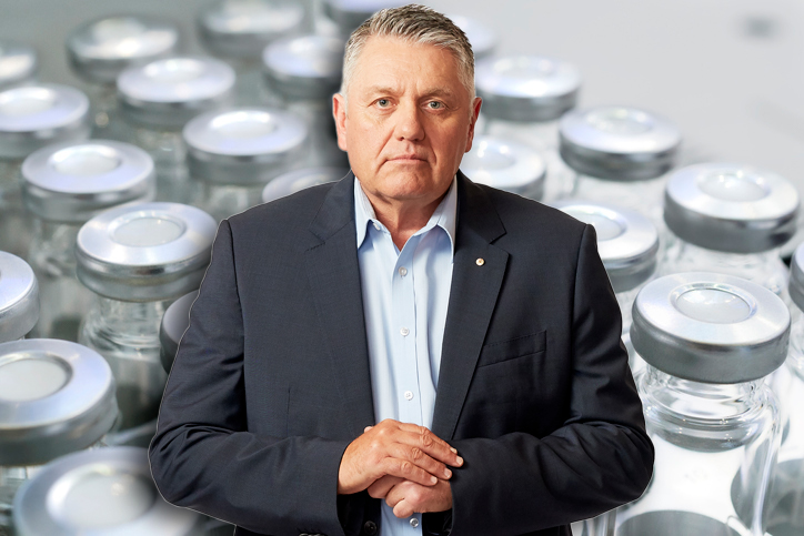 Article image for Ray Hadley lashes 'absolutely ridiculous' botched vaccine rollout