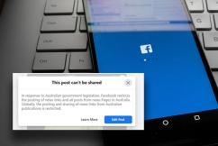 Communications Minister refuses to back down as Facebook blocks news content in Australia