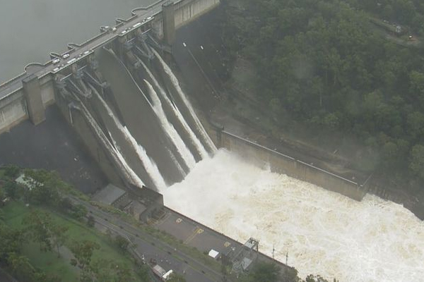 Article image for Minister assures Warragamba Dam to be raised amid overflowing