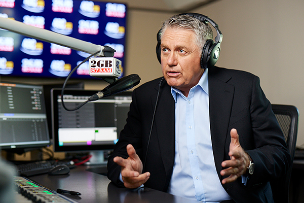 Article image for Ray Hadley addresses Twitter attacks following interview with PM