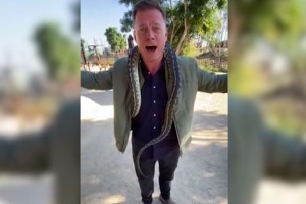 Article image for WATCH | Ben Fordham overcomes lifelong fear at Sydney Zoo